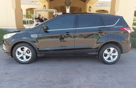 Sell Black 2016 Ford Escape at 18000 km in Quezon City