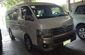 Selling 2nd Hand Toyota Hiace 2011 Manual Diesel