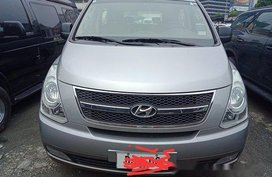 Sell Silver 2014 Hyundai Grand Starex at 32000 km