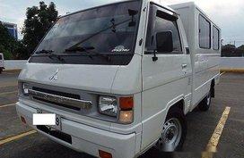 Selling White Mitsubishi L300 2015 Manual Diesel