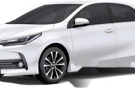 Selling Toyota Corolla Altis 2019 Manual Gasoline