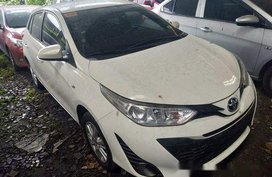 White Toyota Yaris 2018 at 13000 km for sale