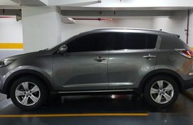 Selling Silver Kia Sportage 2012 at 81000 km