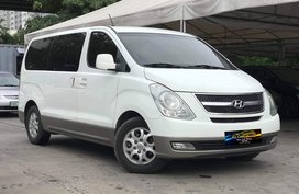 Sell White 2010 Hyundai Grand Starex Automatic Diesel