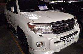 Selling White Toyota Land Cruiser 2012 at 55538 km