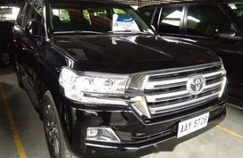 Sell Black 2015 Toyota Land Cruiser at 24622 km