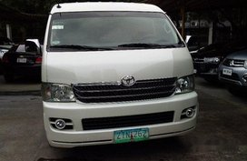 White Toyota Hiace 2009 Automatic Diesel for sale