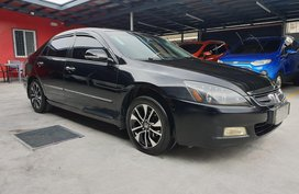 Black Honda Accord 2005 Automatic Gasoline for sale
