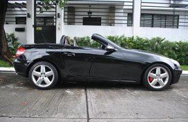 Sell Black 2005 Mercedes-Benz Slk-Class Automatic Gasoline at 15000 km