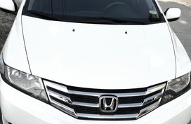 Selling White Honda City 2013 Sedan in Angeles