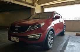 Selling Red Kia Sportage 2015 at 20000 km