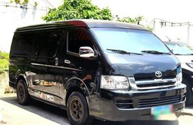 Selling Black Toyota Hiace 2010 at 93000 km