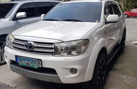 2010 Toyota Fortuner for sale in Mandaluyong