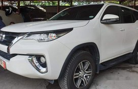 Sell White 2018 Toyota Fortuner Manual Diesel at 5300 km