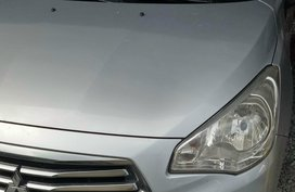 Silver Mitsubishi Mirage G4 2015 at 29000 km for sale