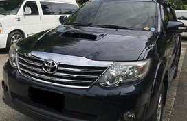 Black Toyota Fortuner 2014 at 75000 km for sale
