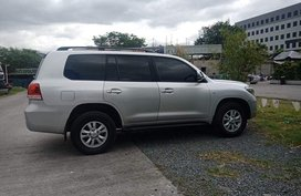 Silver 2009 Toyota Land Cruiser Bulletproof Level B6 for sale in Metro Manila