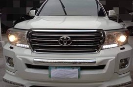 White 2012 Toyota Land Cruiser for sale in Metro Manila