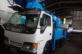 Isuzu Elf 2019 for sale in Caloocan