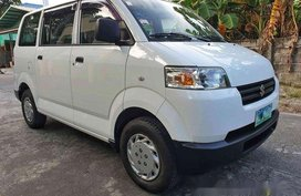 Selling White Suzuki Apv 2011 at 40000 km