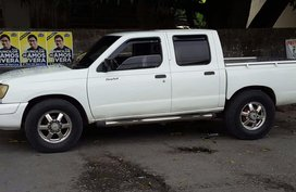 1999 Nissan Frontier for sale in Angeles