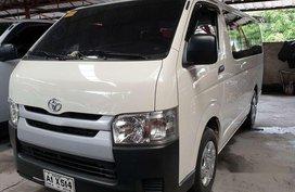 Selling White Toyota Hiace 2018 at 5500 km
