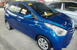 Selling Blue Hyundai Eon 2018 Manual Gasoline at 4000 km
