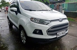 Selling White Ford Ecosport 2016 at 34000 km