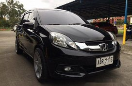 Selling Honda Mobilio 2015 at 23000 km