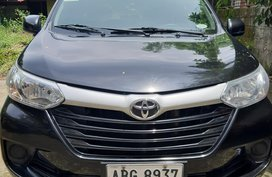 Selling Black Toyota Avanza 2016 at 20000 km in Angeles