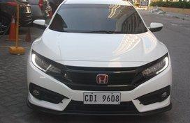 White 2016 Honda Civic at 42000 km for sale