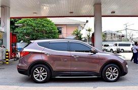 Brown 2013 Hyundai Santa Fe for sale in Lemery