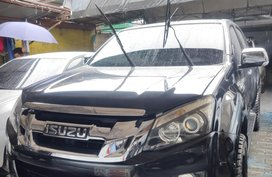 Selling Black 2014 Isuzu DMax LS Manual in Quezon City