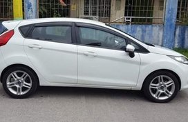 Selling White Ford Fiesta 2013 Hatchback in Angeles