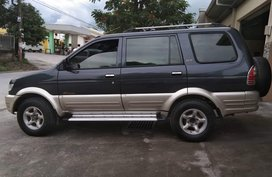 Selling Used Isuzu Crosswind 2003 Manual at 105000 km