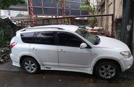 Selling White Toyota Rav4 2008 in Quezon City
