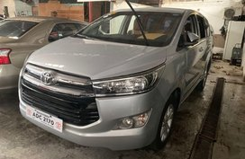 Selling Silver Toyota Innova 2017 in Quezon City