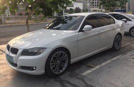 White Bmw 318I 2012 for sale in Manila