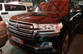 Black Toyota Land Cruiser 2016 at 14000 km for sale