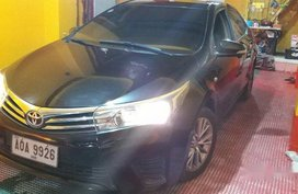 Selling Black Toyota Corolla Altis 2014 in Pasay