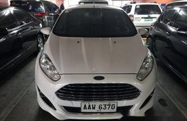 Sell White 2014 Ford Fiesta at 39000 km
