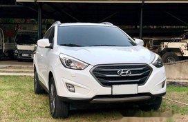 White Hyundai Tucson 2015 for sale in Manila