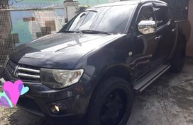2012 Mitsubishi Strada for sale in Valenzuela