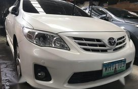 Sell Pearlwhite 2013 Toyota Corolla Altis in Quezon City
