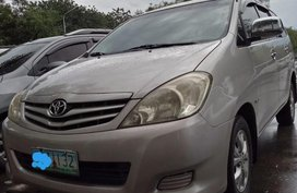 2011 Toyota Innova for sale in Calamba