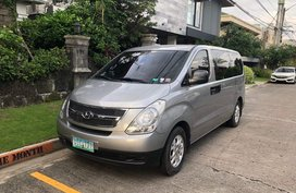 Selling Silver Hyundai Starex 2012 Van Manual Diesel in Mandaluyong