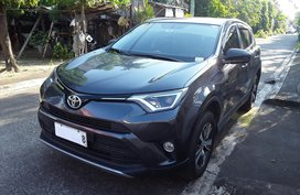Selling Used Toyota Rav4 2018 at 20000 km in Malolos