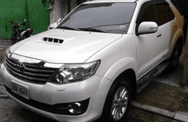 Used Toyota Fortuner V 2014 for sale in Quezon City