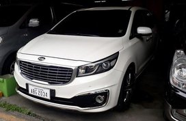 White Kia Grand Carnival 2015 for sale in Pasig