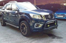 Selling Blue Nissan Navara 2018 Automatic Diesel
